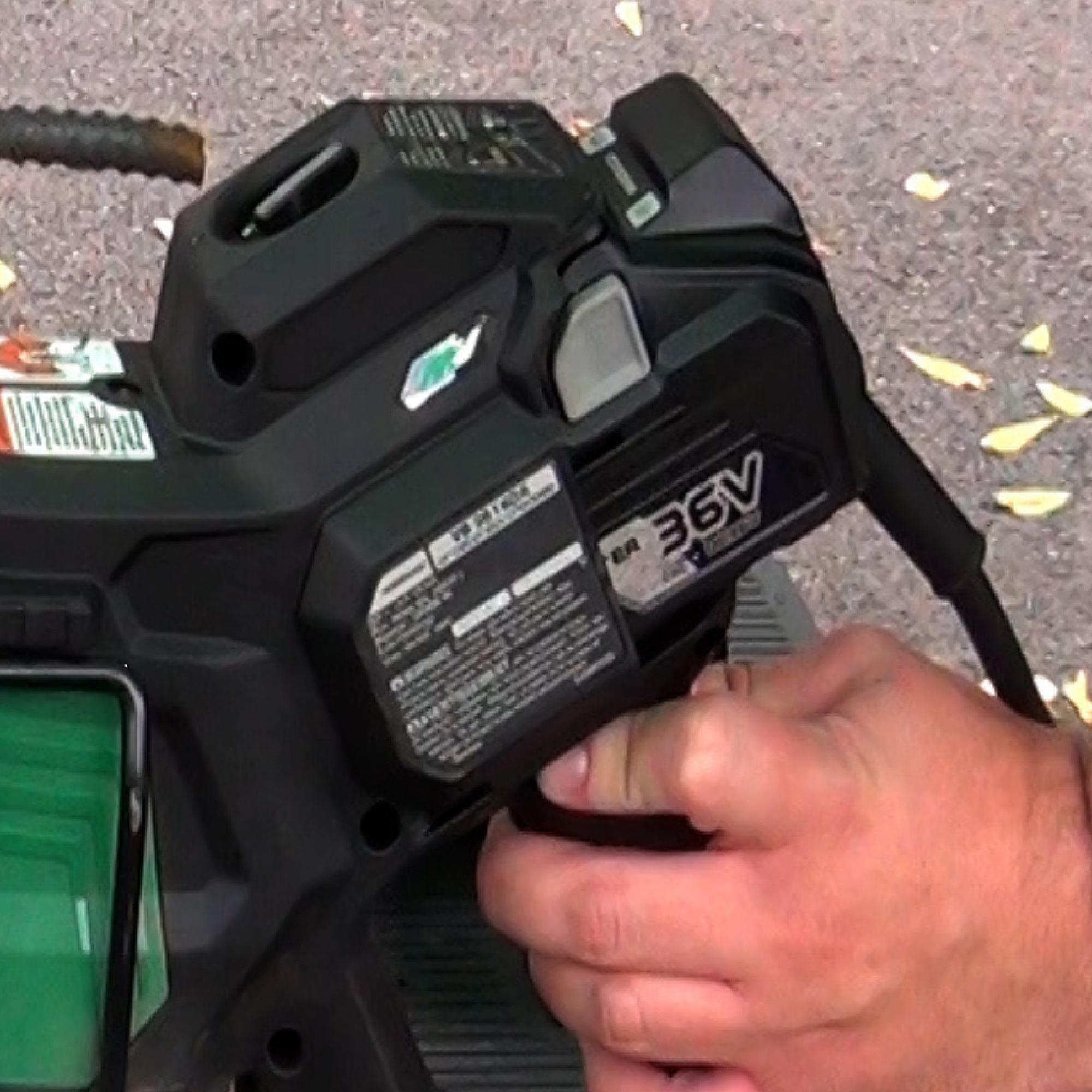 VB3616DA - Dual Power Convenience