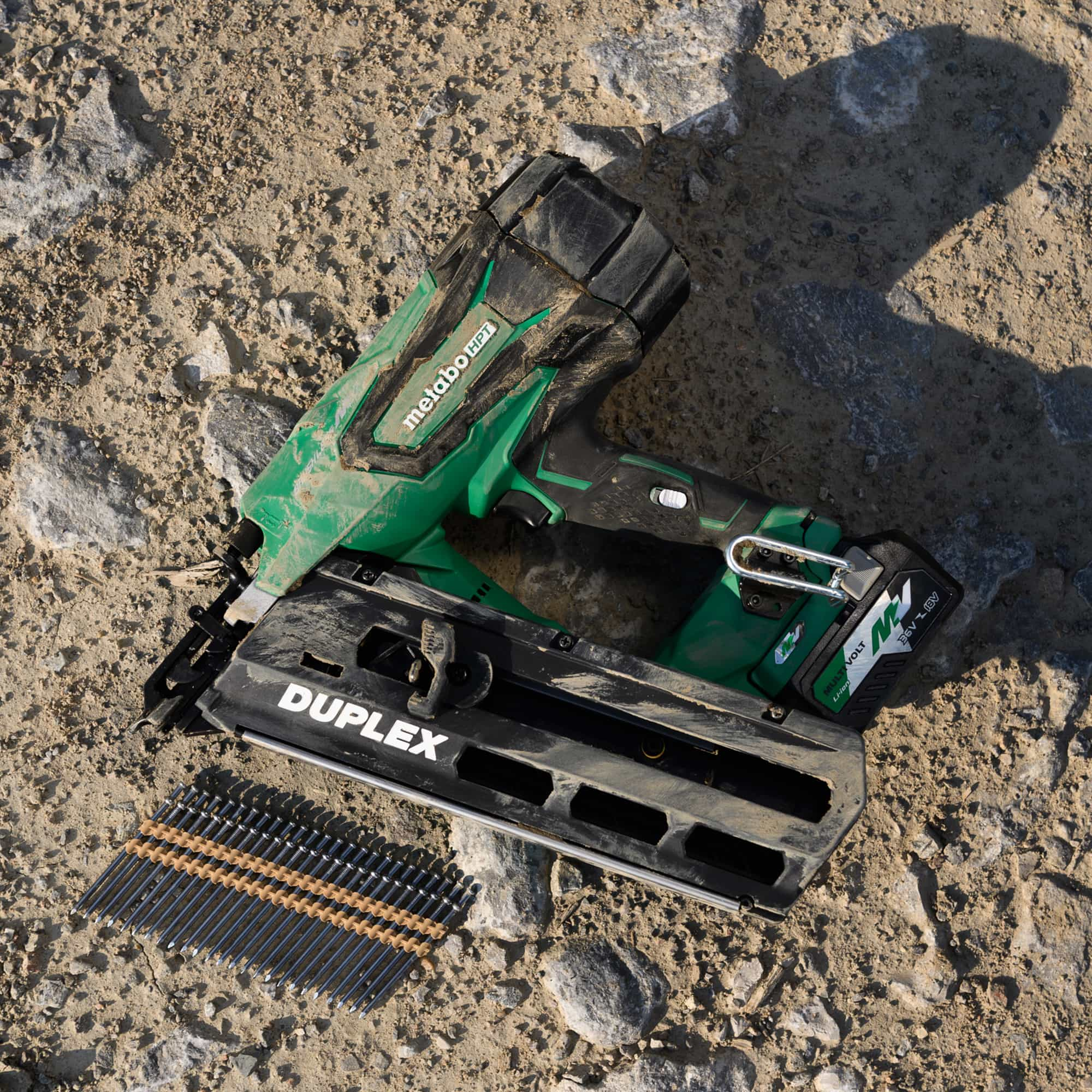WEB_Duplex Resizing_NR3675DD dirt flat lay w nails KL